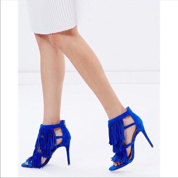 2f12c418f34 Steve Madden Fringly blue suede fringe heel 9